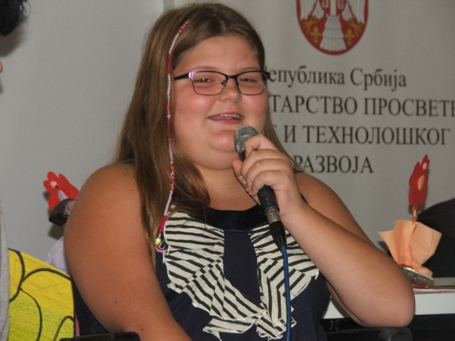 Anđela Dimitrijević je najmlađa srpska pesnikinja, a prvu promociju je imala na Sajmu knjiga